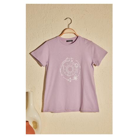 Women's T-shirt Trendyol Print detailed