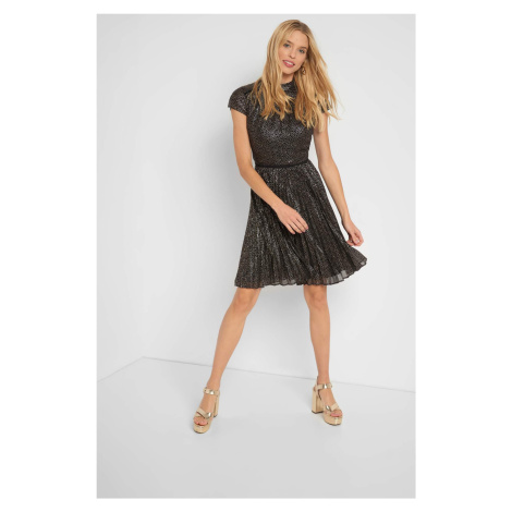 Rozkloszowana sukienka w groszki Orsay