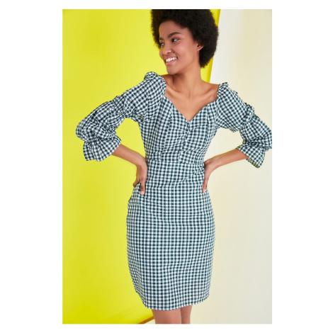Modsyol Zielony rękaw w kratkę Szczegółowa sukienka Trendyol