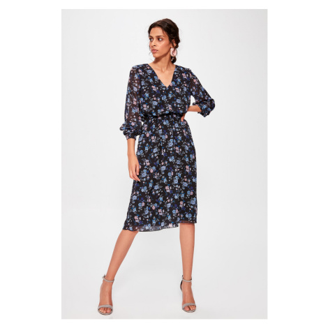 Trendyol Black Flower Patterned Dress