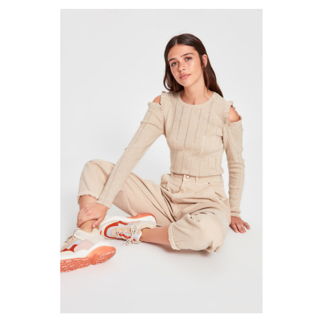 Trendyol Beige Cut Out Detailed Knitwear Sweater
