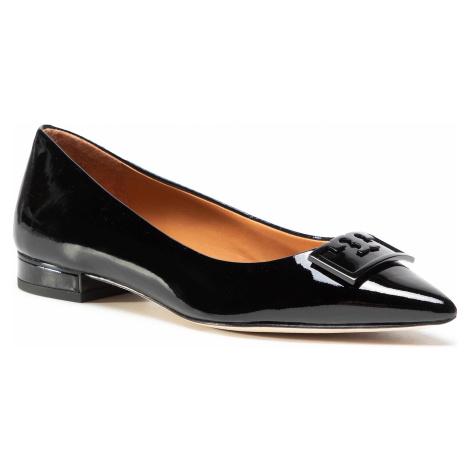 Półbuty TORY BURCH - Gigi 20Mm Pointy Toe Flat Patent Leather 79514 Perfect Black 006