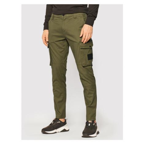 Calvin Klein Jeans Spodnie materiałowe J30J316491 Zielony Slim Fit