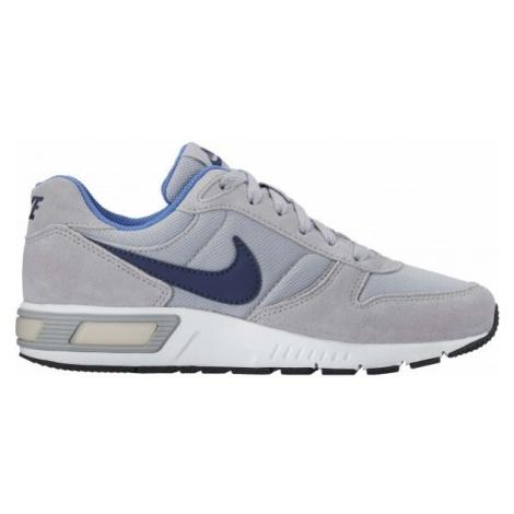 Nike NIGHTGAZER - Obuwie miejskie dziecięce
