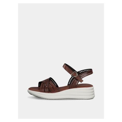 Brązowe skórzane sandały na platformie Tamaris
