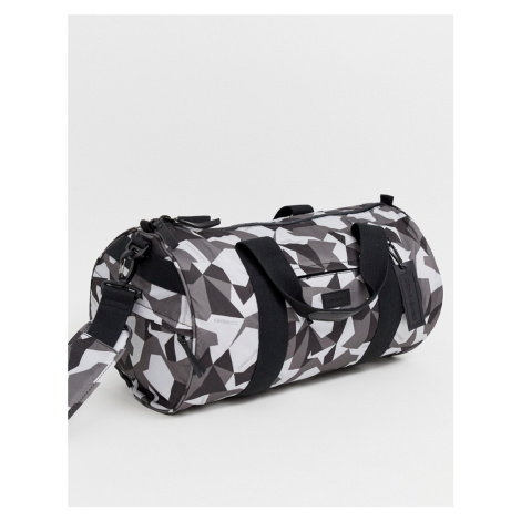 Consigned patterned holdall