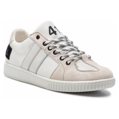 Sneakersy DIESEL - S-Millenium Lc Y01841 PR633 T1015 Star white