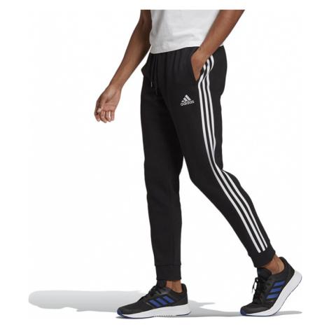 Adidas Essentials Fleece Tapered Cuff 3-Stripes Pants > GK8821
