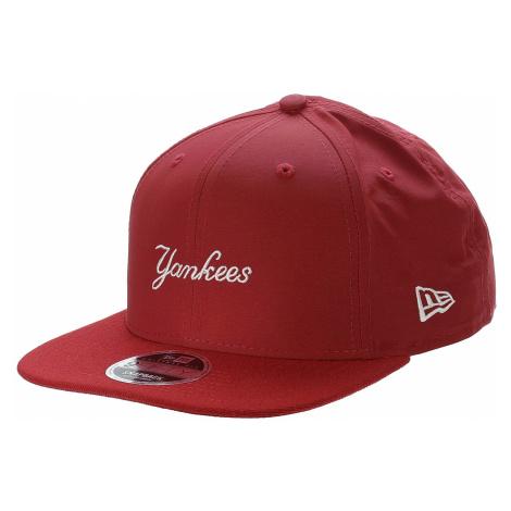 czapka z daszkiem New Era 9FI Nylon Mix Wordmark MLB New York Yankees - Scarlet