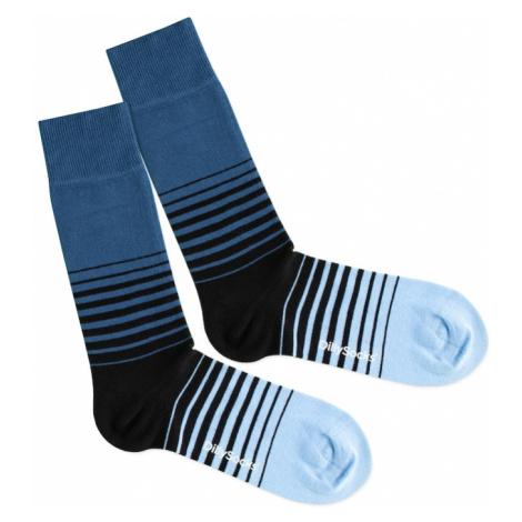 DillySocks Skarpety 'Cool Down' niebieski / czarny