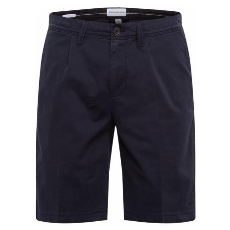 Calvin Klein Jeans Spodnie '026 PLEATED SHORT' niebieska noc