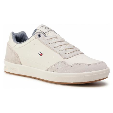 Sneakersy TOMMY HILFIGER - Lightweight Leather Cupsole FM0FM02991 Ivory YBI