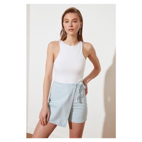 Trendyol Niebieski Asymetrycznie zamknięta jeansowa spódnica z szortami