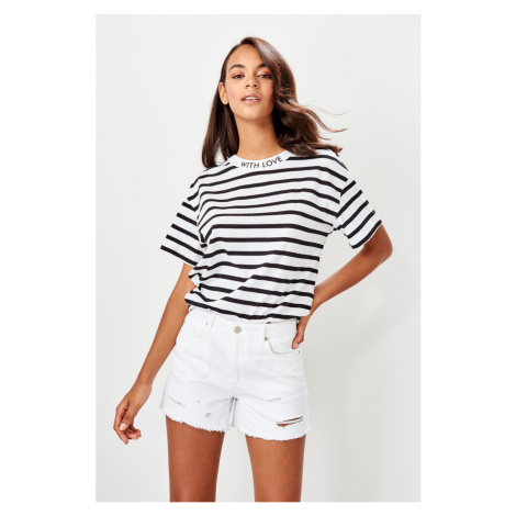 Trendyol White torn detailed Denim shorts