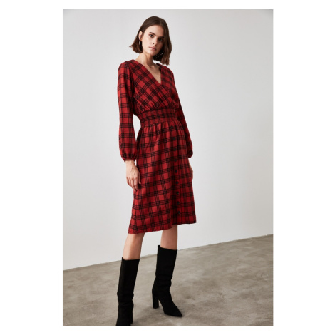 Trendyol Red Gipe Detailed Plaid Dress