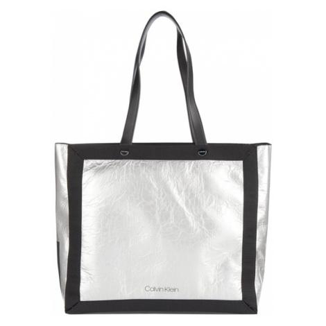 Torba shopper z metalicznym efektem Calvin Klein
