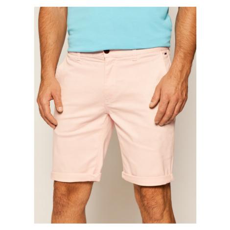 Tommy Jeans Szorty materiałowe Essential DM0DM05444 Różowy Regular Fit Tommy Hilfiger