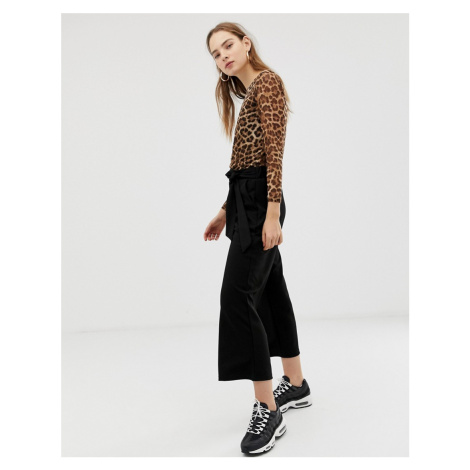 B.Young kick flare trousers