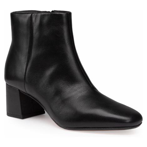 Botki CLARKS - Sheer Flora 2 261551124 Black Leather