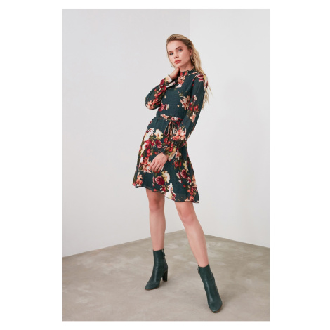 Trendyol Green Belt Flower Dress