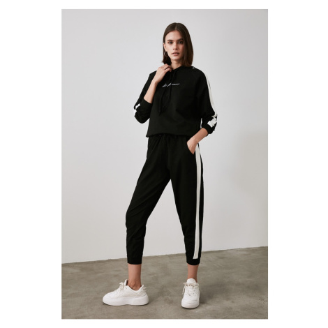 Trendyol Black Printed and Hooded Knitted Tracksuit Set