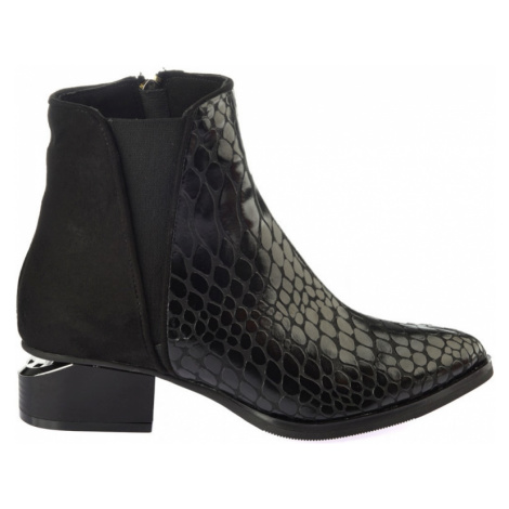 Trendyol Black Kroko Patterned Women's Boots & Bootie