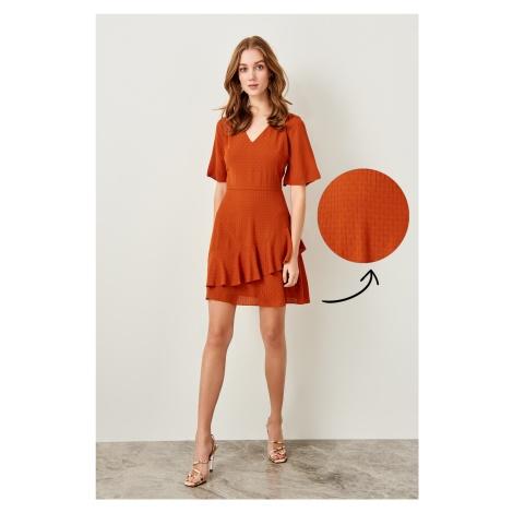 Trendyol Cinnamon Hand-Wheel Dress