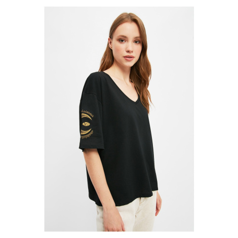 Trendyol Black Embroidered Loose Knitted T-Shirt