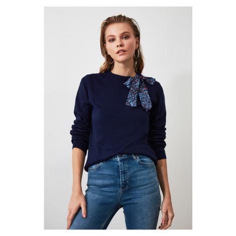 Damskie swetry Trendyol