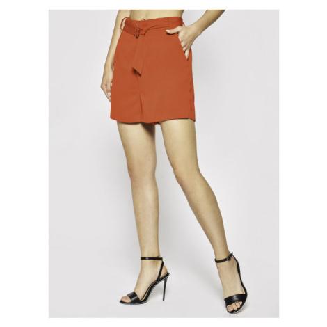 Guess Szorty materiałowe Suzy W0GD32 W9X50 Czerwony Slim Fit