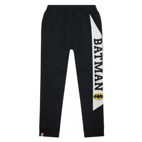 LEGO Wear Spodnie dresowe 12010052 Czarny Regular Fit