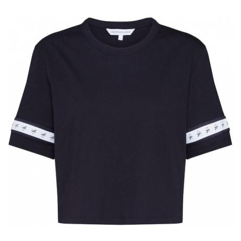 Calvin Klein Jeans Koszulka 'MONOGRAM TAPE STRAIGHT CROP TEE' czarny