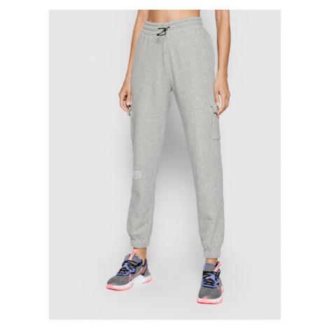 Nike Spodnie dresowe Sportswear Swoosh CZ8905 Szary Standard Fit