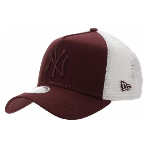 czapka z daszkiem New Era 9FO AF Essential Trucker MLB New York Yankees - Maroon/White