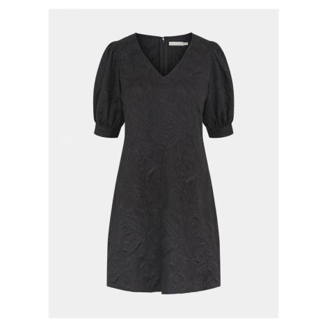 Czarne kawałki sukni Pieces