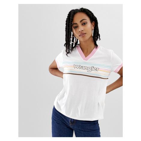 Wrangler 80s v neck t-shirt with front stripe logo