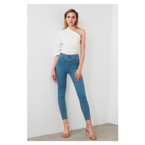 Jeansy damskie Trendyol Skinny jeans