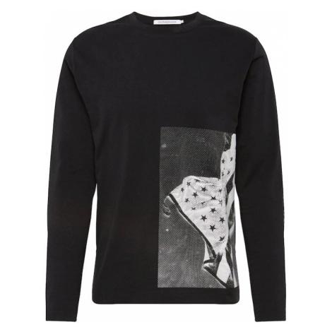 Calvin Klein Jeans Koszulka 'GRAPHIC SIDE FLAG LS REG TEE' szary / czarny / biały