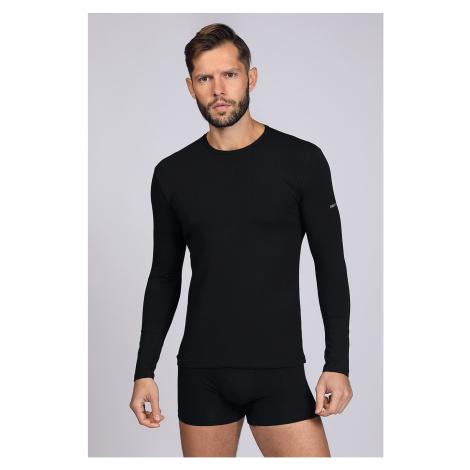Czarna koszulka z długim rękawem