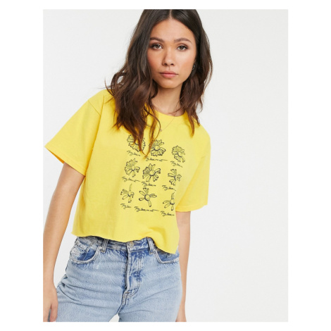 Daisy Street relaxed crop t-shirt with flower graphic