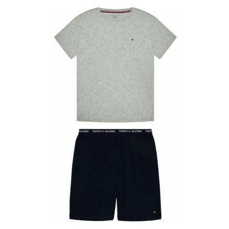 Modne ubrania dziecięce Tommy Hilfiger