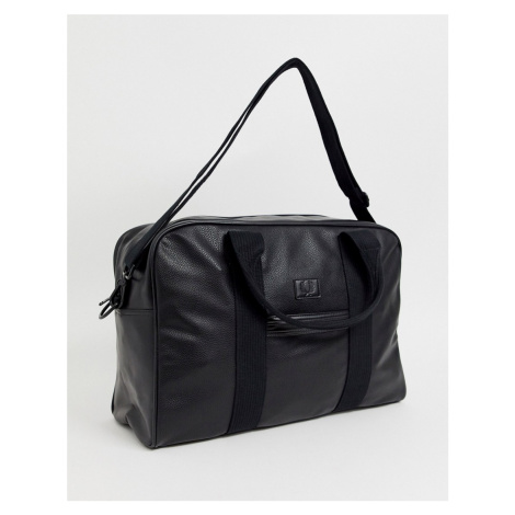 Fred Perry Tumbled PU holdall in black