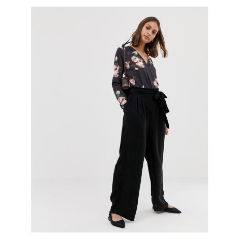 Pieces Kizzy tie waist wide leg trousers