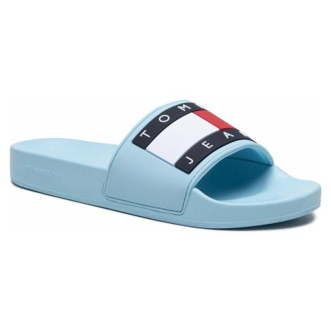 Klapki TOMMY JEANS - Flag Pool Slide EN0EN01378 Sail Blue Tommy Hilfiger