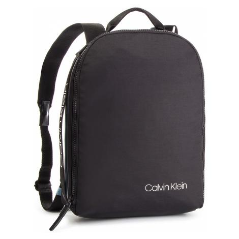 Plecak CALVIN KLEIN - Clash Round Backpack K50K504197 001