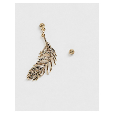 ASOS DESIGN single feather drop earring in antique gold tone