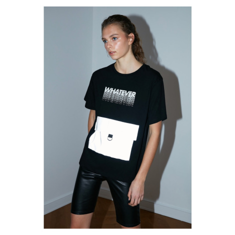 Trendyol Black Reflector Detailed Boyfriend Sports T-Shirt