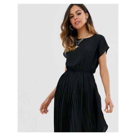 New Look pleated midi dress in black