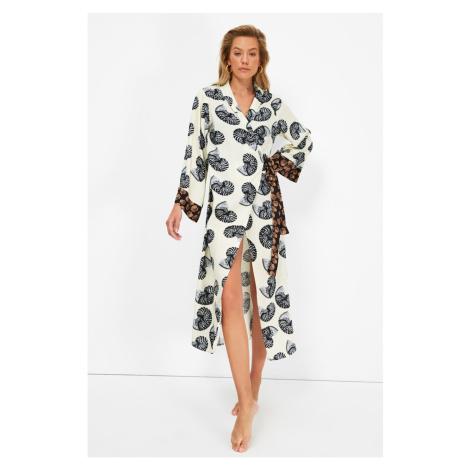 Kimono plażowe damskie Trendyol Leaf Patterned