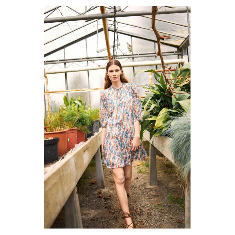 Luźna sukienka ze wzorem Orsay